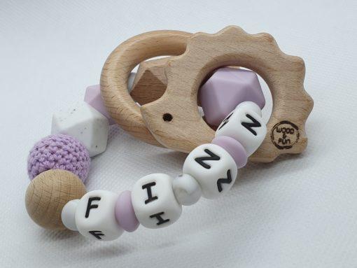 """Baby kado met naam - Bijtring met naam-Bijtring naam-design """"Puck""""-Wood & Fun"""